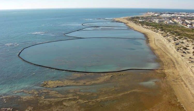 Playa De Las Tres Piedra - Playa Ballena
