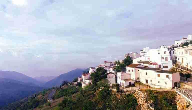 Polopos Entre Mar Y Montaña. Playas De Granada.