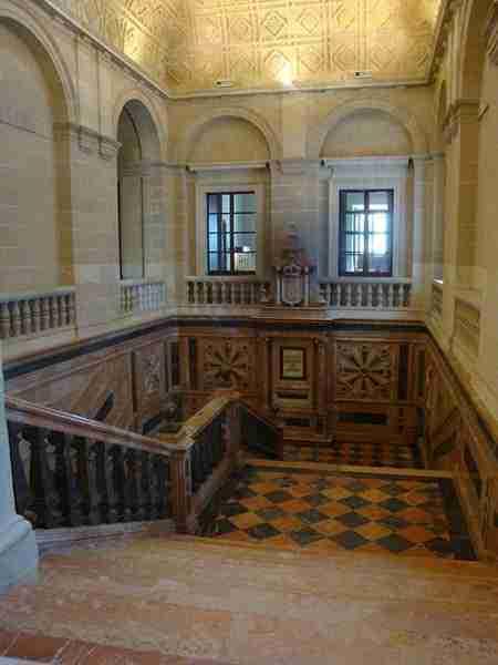 Escalera Interior Del Archivo De Indias De Sevilla