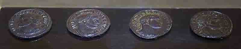 9 Ánforas Cargadas De Monedas Romanas