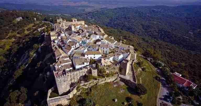 El Castillo Castellar De La Frontera Fortaleza De Frontera