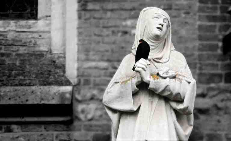 Los Fantasmas Del Hogar Virgen De Los Reyes De Sevilla