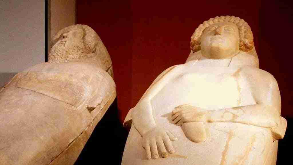 La Dama De Cádiz Representa A Una Mujer Joven De Serena Belleza Excepcionalmente Tallada Sobre El Mármol.
