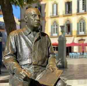 Escultura Picasso En Malaga