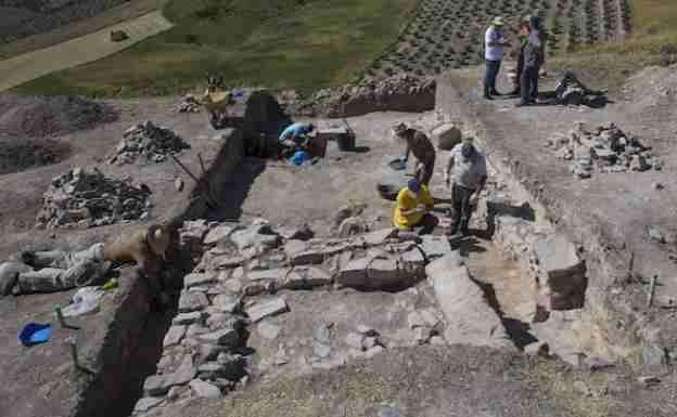 Yacimiento Arqueologico De Castillejos