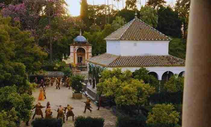 Jardines Del Alcazar Serptientes De Arena